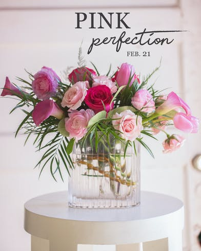 Gift your Valentine (or Galentine) a night of floral design!