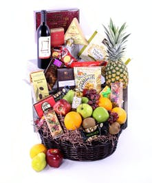 Wine Basket Delivery Orlando (FL) In Bloom Florist